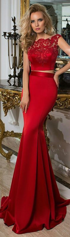 Sexy Red Gown   http://www.inews-news.com/women-s-world.html#.WPRW9fkrLRY