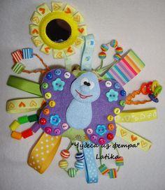 """*Wonders of Felt*: Развивающая игрушка малышам """"Бабочка на полянке"""" (..."""
