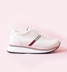 ff47e27fc886 Tommy Hilfiger 90s Platform Sneakers 90 s Club Kid by ACTUALTEEN White  Sneakers