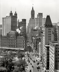 A vertiginous view of New York circa 1910. Broadway from Chambers Street -- City Hall Park, Post Office, Park Row, City Investing and Singer buildings. 8x10 inch dry plate glass negative, Detroit Publishing Company.