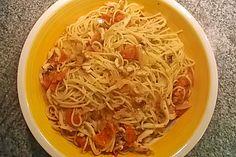 Spaghetti mit Tintenfisch und Cocktailtomaten (Rezept mit Bild) | Chefkoch.de