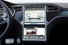 2012 Tesla Model S touch screen