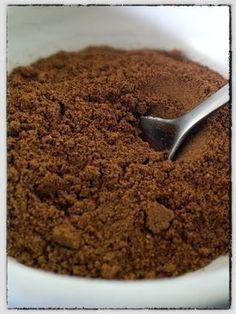 make your own Chinese 5 spice powder Homemade Spice Blends, Homemade Spices, Homemade Seasonings, Spice Mixes, Soup Mixes, Rub Recipes, Paleo Recipes, Cooking Recipes, Panera Bread