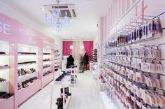 Make me up, maquillaje a precios sin competencia en Valencia.   DolceCity.com
