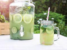 Okurková limonáda s mátou Mojito, Mason Jars, Food And Drink, Beer, Sweets, Drinks, Tableware, Cook, Summer