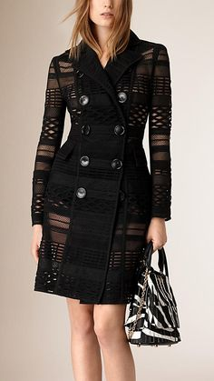 Cool design - i'd wear with black pants, leggins or jeans, with a nice top (Japanese Woven Mesh Panelled Trench Coat) Classy Outfits, Beautiful Outfits, Cool Outfits, Coats For Women, Jackets For Women, Love Fashion, Autumn Fashion, Womens Fashion, Hijab Fashion