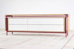 Halftiet Sideboard