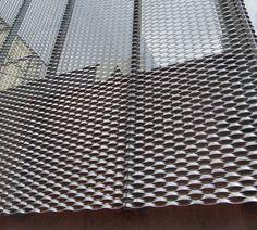 Risultati immagini per arquitectura metal desplegado Metal Facade, Metal Cladding, Perforated Metal Panel, Metal Panels, Commercial Architecture, Facade Architecture, Expanded Metal Mesh, Building Skin, Warehouse Design