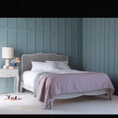 2fb4d655c7d Used LOAF MARGOT DOUBLE BED IN SCUFFED GREY in CB10 Uttlesford for £ 520.00  – Shpock
