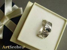 Ring- saphire