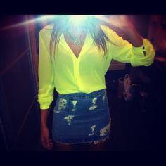 Neon top <3