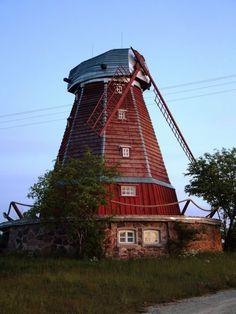 Kukeranna windmill, Estonia