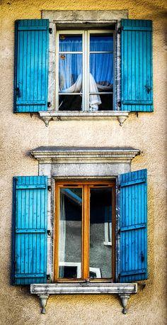 Annecy, Haute-Savoie, France http://www.pinterest.com/adisavoiaditrev/