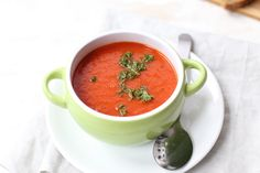 Snelle paprikasoep Bruchetta Recipe, Soup Recipes, Healthy Recipes, Thai Red Curry, Salsa, Healthy Eating, Healthy Food, Mexican, Keto