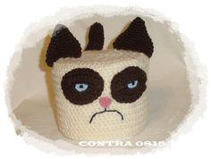Utensilos & Stoffkörbchen - Klopapierhut grummelige Katze KCA 41 - ein Designerstück von contra0815 bei DaWanda