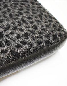 funda-portatil-leopardo-negro3 Collection, Decor, Notebook Covers, Decorating, Dekoration, Deco, Decorations, Deck, Decoration
