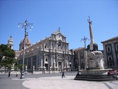 """Catania - The Cathedral and """"U Liotru"""""""