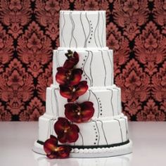 15+ amazing wedding cakes that you'd never guess came from a supermarket! (photo via wednet.com)