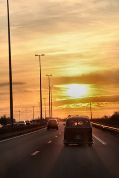 Volkswagen sunset    :-{b>