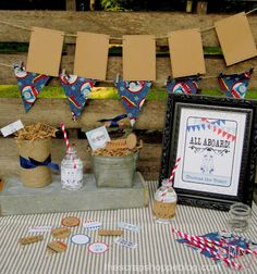 Thomas the Train printable birthday party accessories!