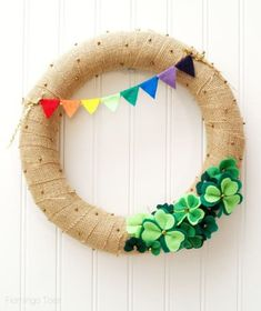 St. Patrick's Day Crafts: Shamrock wreath from Flamingo Toes