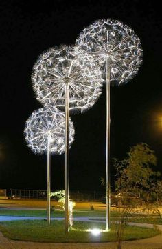 Art~Dandelion light sculpture by Miroslaw Struzik, Poland Dandelion Light, Dandelion Art, Dandelion Seeds, Instalation Art, Art Sculpture, Metal Sculptures, Abstract Sculpture, Lighting Sculpture, Steel Sculpture