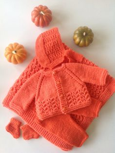 Newborn baby takehome outfitChristmas by TwoNeedlesOneMagic