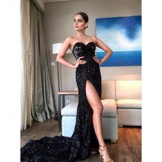 Miss World 2017 Manushi Chhillar: Photo Glitter Prom Dresses, Glitter Dress, Indian Celebrities, Bollywood Celebrities, Bollywood Actress, Simple Elegant Dresses, Strapless Dress Formal, Formal Dresses, Indian Models