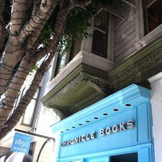 Chronicle Books Store, SF. Instagram by donnr