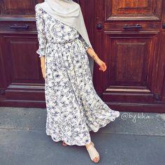 #hijab #hijabi #hijaboutfit #hijabfashion #hijabstyle #hijabista #hijabchic #ootd #girl #paris #girl #details