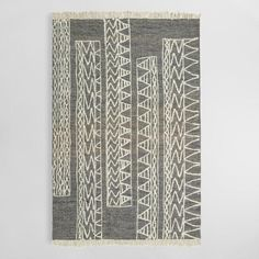 Handwoven of jute with an exclusive hand-drawn geometric print, our black and white area rug boasts a unique global look inspired by the traditional artwork of Cape Town, South Africa. White Rug, White Area Rug, Comfy Cozy Home, Bedroom Artwork, Affordable Area Rugs, Rug World, Traditional Artwork, Cheap Carpet Runners, Floor Runners