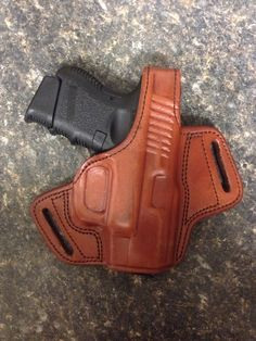 Glock 27, Tagua concealed carry holster.