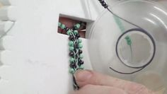 How to Add Beads to a Flat Kumihimo Braid - video dailymotion Beading Tutorials, Craft Tutorials, Diy Jewellery Board, Friendship Knot, Mixed Media Jewelry, How To Make Necklaces, Macrame Tutorial, Origami, Bead Crochet