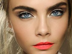 8 Fab Eyeliners for Blue Eye