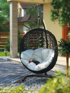 Outdoor Island Bay Resin Wicker Hanging Egg Chair With Cushion And Stand WS