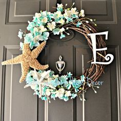 This wreath is perfect for any beach home or beach themed home!    Wreath measures 20 - 22 inches in diameter at its widest.    PLEASE NOTE: