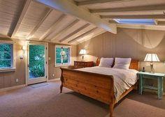 Beams and Joists - Leonardo DiCaprio's Malibu Beach House - Photos