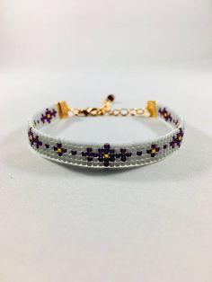 Cool bead loom bracelet in purple, gray and rose gold colors. This beautiful bra. Loom Bracelet Patterns, Bead Loom Bracelets, Bead Loom Patterns, Jewelry Patterns, Bead Loom Designs, Custom Jewelry, Handmade Jewelry, Bijoux Diy, Loom Beading