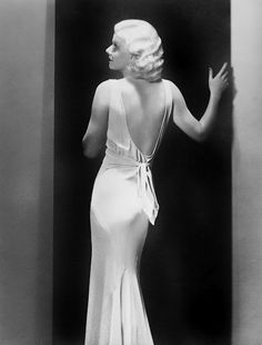 Jean Harlow | More fashion lusciousness here: http://mylusciouslife.com/photo-galleries/historical-style-fashion-film-architecture/