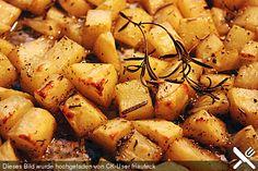Röstkartoffeln aus dem Backofen, ein gutes Rezept aus der Kategorie Grundrezepte. Bewertungen: 58. Durchschnitt: Ø 4,4.