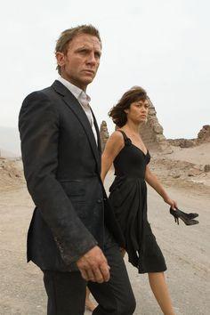 Daniel Craig is James Bond and Olga Kurylenko as Camille in QUANTUM OF SOLACE (2008).