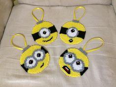 Adornos de Minion set de 4 diseños diferentes por CathyAndJay