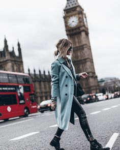 We love London and we love that coat // Cristina Ramella Jewelry