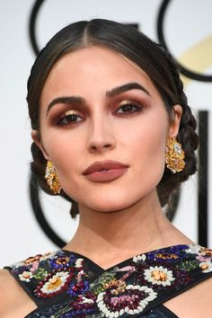 """The """"Pink-Eye"""" Trend Has Infected the Golden Globes"""