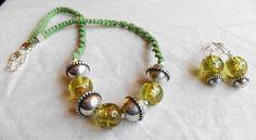 handmade green macrame jewelry set necklace earrings. by terramor