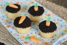 Carrot Top Cupcakes {How to make baby carrots out of candy}