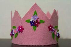 #keçe #taç #crown #felt https://www.facebook.com/1487276361555232/photos/a.1494548854161316.1073741840.1487276361555232/1494548987494636/?type=1&permPage=1