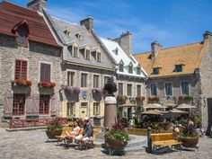 Maybe your get to spend a few days or a week or more in Quebec. There's much to see and do. Here are some must-see attractions to enjoy the culture of Quebec. Samuel De Champlain, Le Petit Champlain, Quebec Montreal, Old Quebec, Quebec City, Backpacking Canada, Canada Travel, Travel Usa, Canada Trip