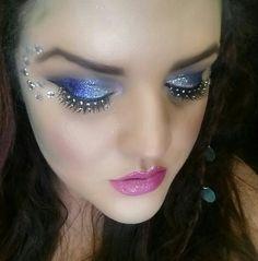 DIY mermaid crown, mermaid, mermaid makeup, mermaid tutorial, video tutorial, DIY, How To, halloween, halloween costume, DIY costumes, fall, october, makeup, beauty, cosmetics