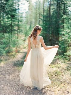 Enchanting forest nymph bridal shoot